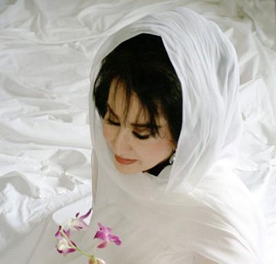 کرمانشاه و بیوگرافی - بیوگرافی حمیرا